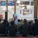 حضور اهالی روستای کاهک در مسجد این روستا به مناسبت سالگرد درگذشت پوران شریعترضوی