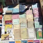 کتابهای زیراکس شده شریعتی در بساط دست فروشان - ۱۳۹۶